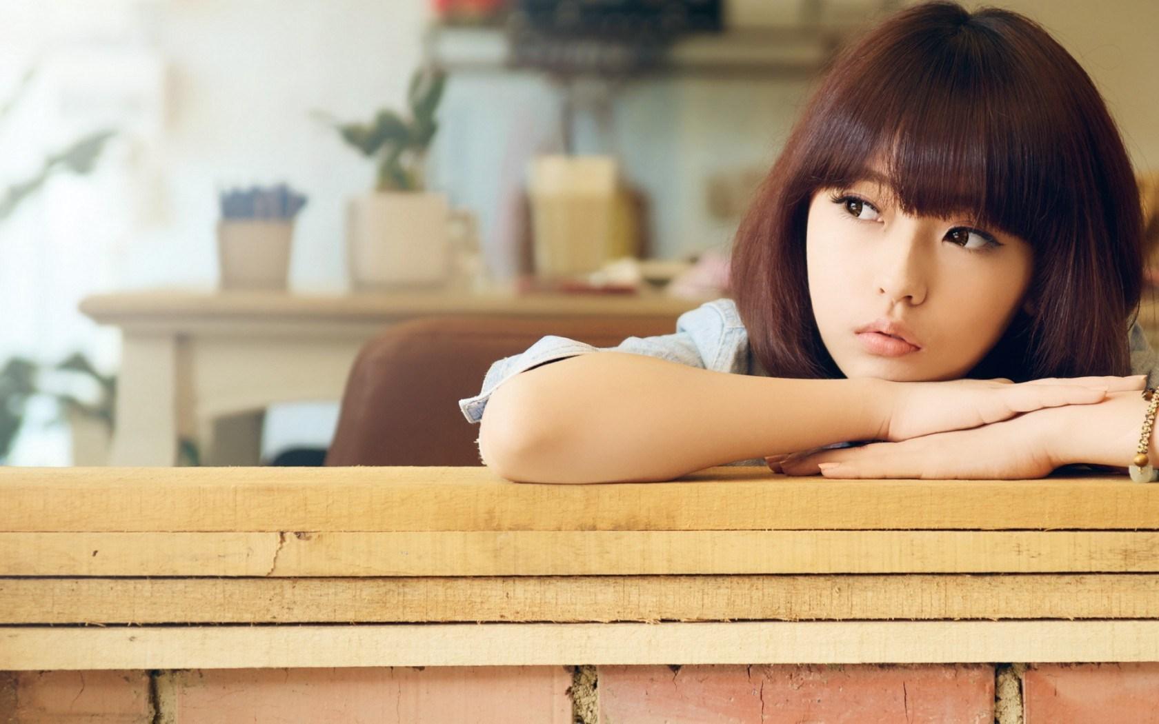 Asian Date Reviews Signs Of An Emotional Affair