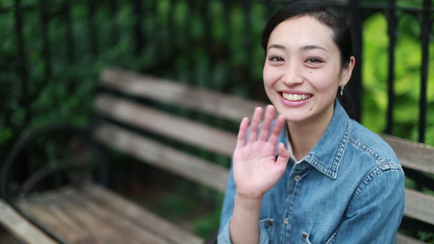 Being Flirty VS Being Friendly: Know The Difference | AsianDate