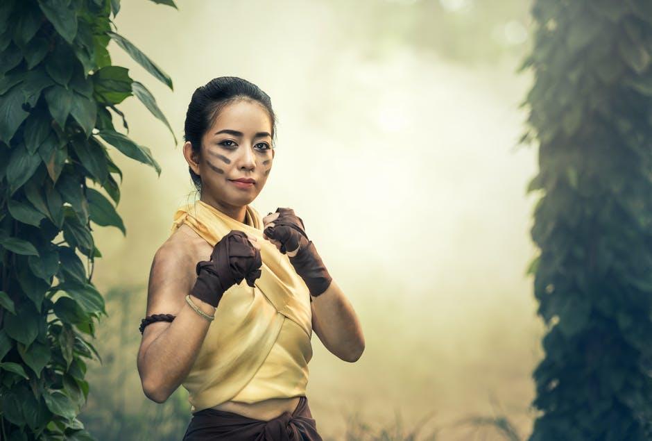 AsianDate helps you decide if you should choose Mental Strength over Emotional Intelligence.