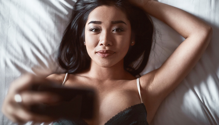 Asian Date: Is It Love Or Just Lust? Signs That Tell The Difference | Asian Date