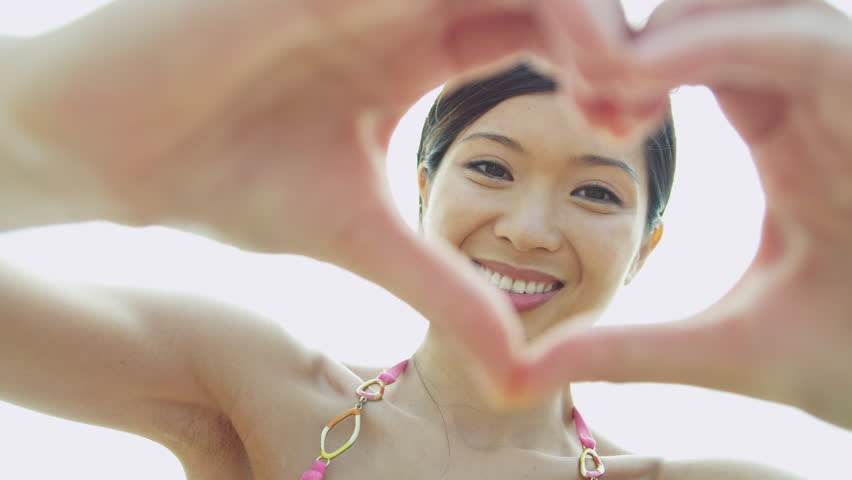 It's True Love When You Are Experiencing These Feelings | Asian Date