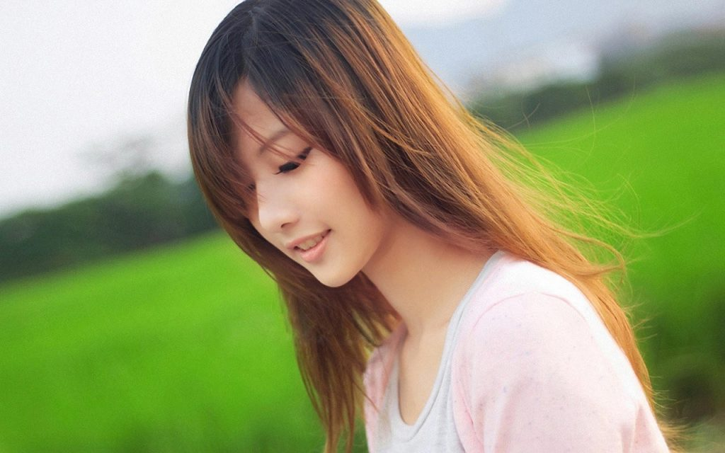 Reasons Why You Need A Low Maintenance Girlfriend | Asian Date