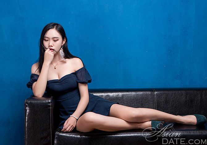 Is Dating Out Of Your League A Good Idea?   Asian Date